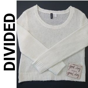 H & M DIVIDED SIZE 4 CREAM COLOR KNIT SWEATER